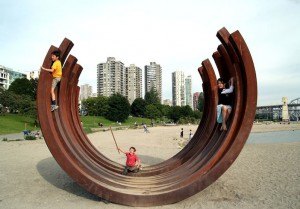 Children at the 217.5 Arc X 13 by Bernar Venet