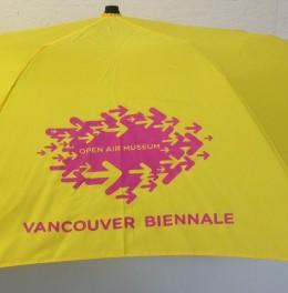 Shop - yellow umbrella 1-1