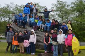 Hugo França. PUBLIC FURNITURE | URBAN TREES. BIG IDEAS education visit by Grade 4 students from University Hill school. Squamish. April 2015. 17910995691_c5b3919ddb_o